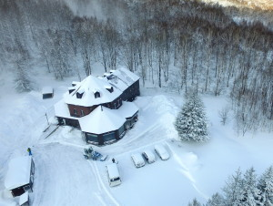 雪景色のイング空撮